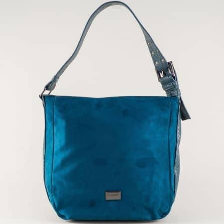 Ежедневна дамска чанта в синьо с една преграда и удобна дръжка cm3267s