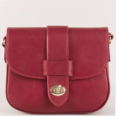 Червена дамска чанта с една преграда и дълга дръжка cm3273bd