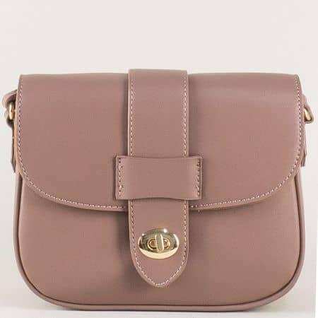 Френска дамска чанта с прехлупване в бежов цвят cm3273bj