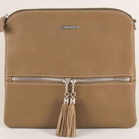 Тъмно кафява дамска чанта с два пискюла- DAVID JONES cm3514kk