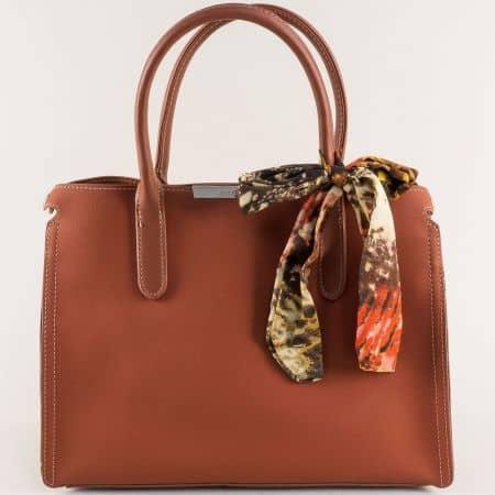 Кафява дамска чанта с декорация- DAVID JONES cm4068k