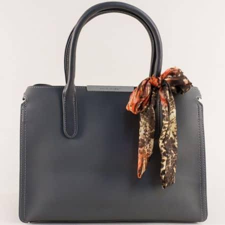 Сива дамска чанта с три прегради и декорация- DAVID JONES cm4068sv
