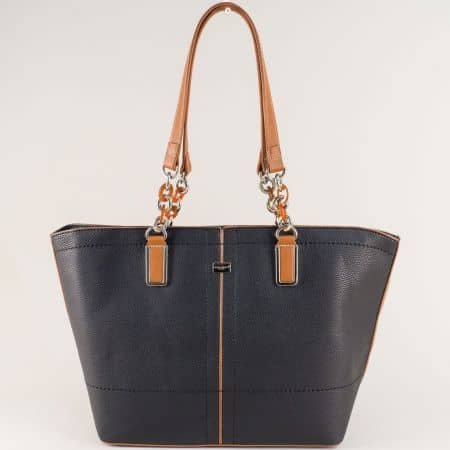 Черна дамска чанта с две средни дръжки- David Jones cm5046ch