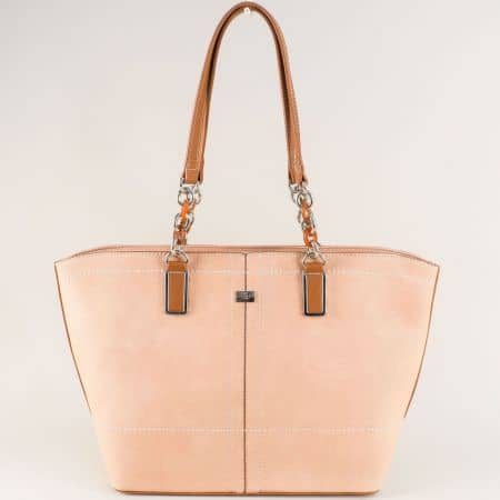 Розова дамска чанта с две ефектни дръжки- David Jones cm5046rz