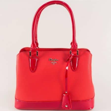 Червена дамска чанта с външен джоб с цип- David Jones  cm5054chv