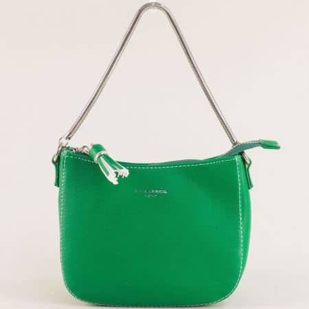 Малка дамска чанта с пискюл- DAVID JONES в зелено cm5093z
