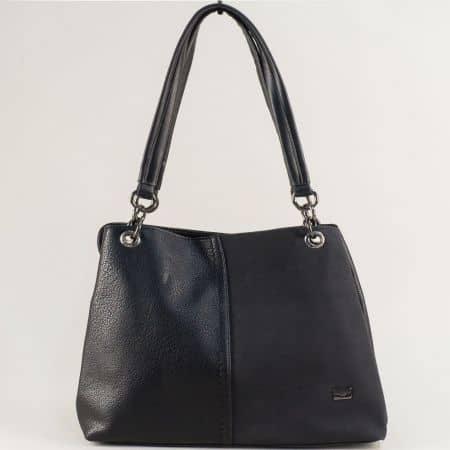 Черна дамска чанта с две средни дръжки- DAVID JONES cm5301ch