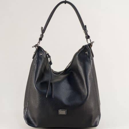 Черна дамска чанта, тип торба с външен джоб с цип cm5302ch