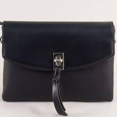 Малка дамска чанта с три прегради в черно- DAVID JONES cm5308ch
