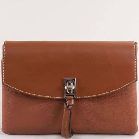 Малка дамска чанта с три прегради в кафяво- DAVID JONES cm5308k