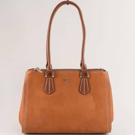 Кафява дамска чанта с три отделения с цип- DAVID JONES cm5313k