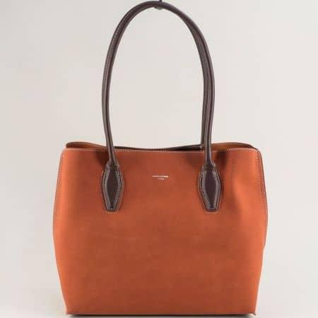 Кафява дамска чанта с три прегради- DAVID JONES cm5327k