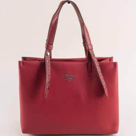 Дамска чанта в бордо с капси и три прегради- DAVID JONES cm5334bd