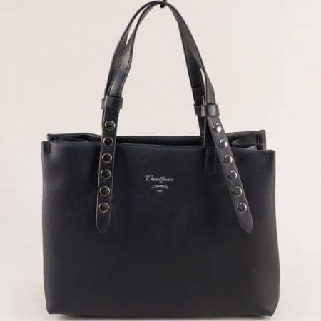 Черна дамска чанта с капси и три прегради- DAVID JONES cm5334ch