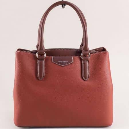 Кафява дамска чанта с три прегради- DAVID JONES cm5347k