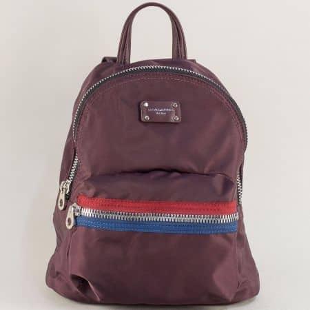 Дамска раница в цвят бордо с два външни джоба cm5359l