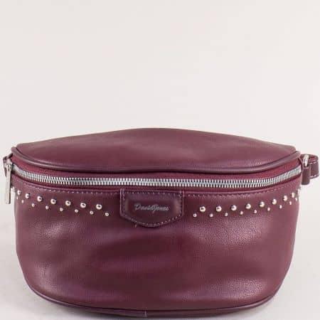 Дамска чанта за кръста с капси- DAVID JONES в цвят бордо cm5379bd