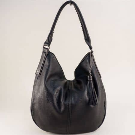 Черна дамска чанта, тип торба с пискюл- DAVID JONES cm5397ach