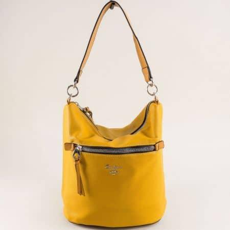 Жълта дамска чанта, тип торба- DAVID JONES cm5453j