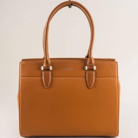 Кафява дамска чанта с три прегради- DAVID JONES cm5626k