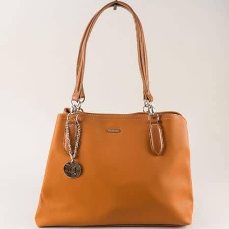 Кафява дамска чанта с аксесоар- DAVID JONES cm5644k