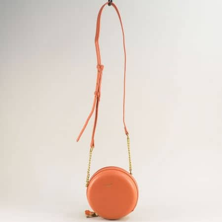 Кръгла дамска чанта в цвят корал- DAVID JONES cm5658o
