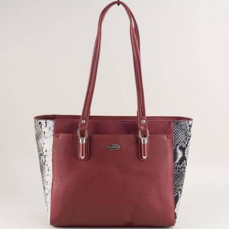 Дамска чанта в цвят бордо със змийски принт- DAVID JONES cm5361bd