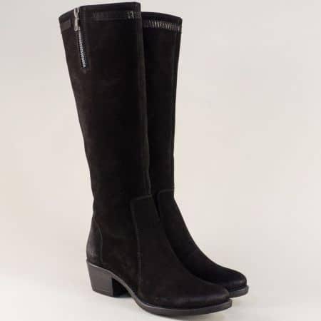 Велурени дамски ботуши на среден ток в черен цвят corte63vch