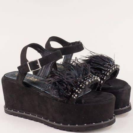 Черни дамски сандали с пера и камъни на платформа e80vch