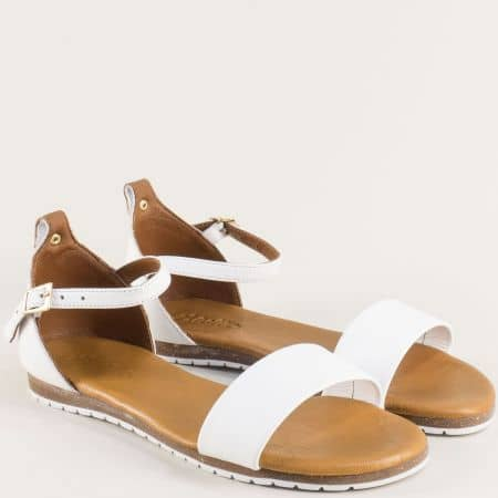 Бели дамски сандали със затворена пета от естествена кожа f200b