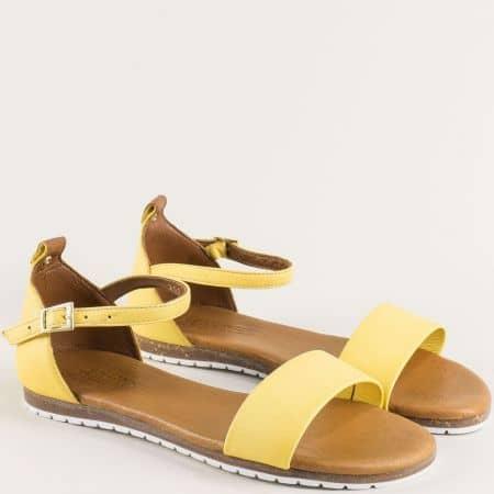 Жълти дамски сандали на равно ходило с кожена стелка f200j