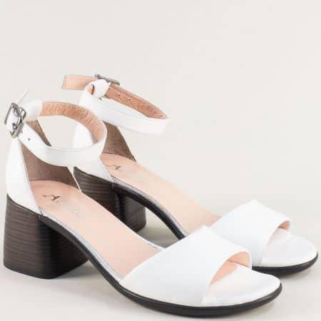 Кожени дамски сандали със затворена пета в бяло f202b