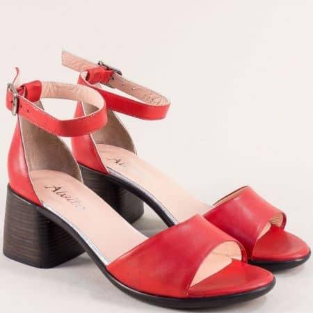 Червени дамски сандали от естествена кожа на ток със затворена пета f202chv