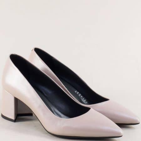 Бежови дамски обувки на среден ток от естествена кожа f268bj
