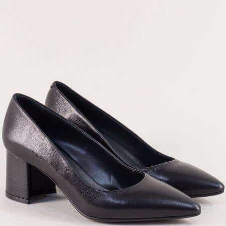 Черни дамски обувки със заострен връх на среден ток f268ch