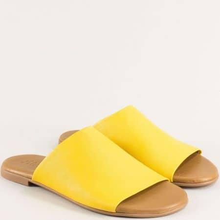Жълти дамски чехли на равно ходило с кожена стелка f5007j