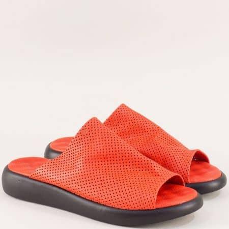 Кожени дамски чехли с лазерна перфорация в оранж f501o