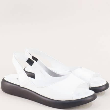 Бели дамски сандали с кожена масажираща стелка f505b