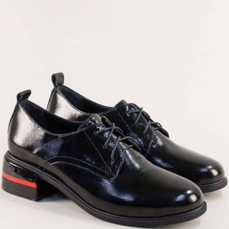 Черни дамски обувки с връзки и кожена стелка на нисък ток f5600lch