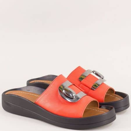 Оранжеви дамски чехли от естествена кожа с декорация f805o