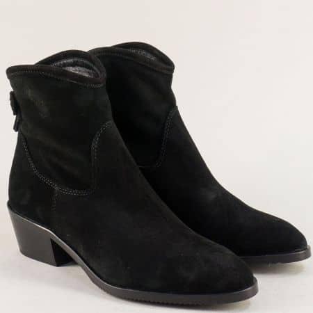 Дамски боти на нисък ток от естествен велур в черен цвят f806vch