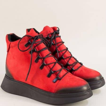 Червени дамски боти на платформа от естествен набук f9602nchv
