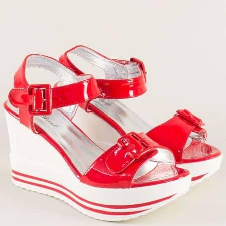 Червени дамски сандали на висока комфортна платформа gm06lchv
