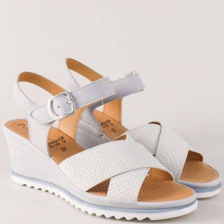 Кожени дамски сандали с дишаща стелка в сив цвят helena01sv