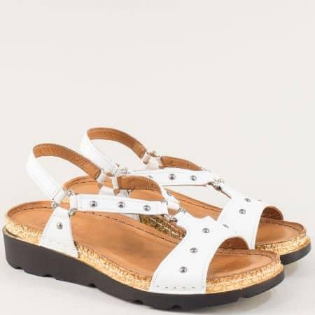 Бели дамски сандали от естествена кожа на шито ходило k1243b