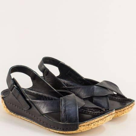 Кожени дамски сандали на шито ходило в черен цвят k2024ch