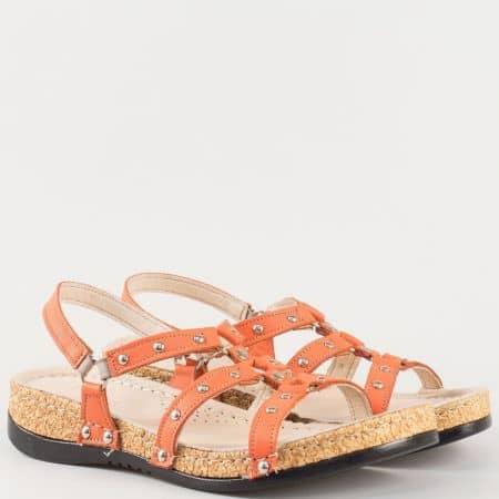 Дамски сандали за всеки ден произведени от изцяло естествена кожа с капси в оранжево k213o