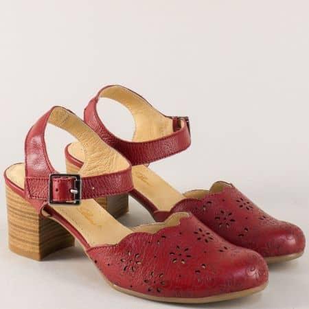 Български дамски сандали на среден ток от естествена кожа в червено ketrin1075bd
