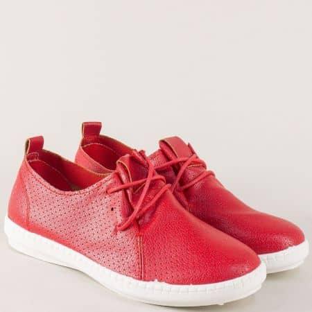 Перфорирани дамски обувки с връзки в червен цвят kzk6chv