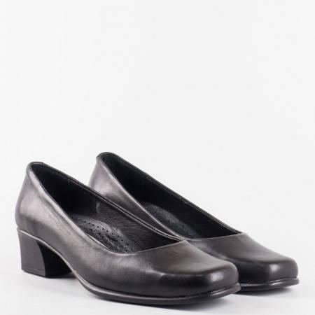 Ежедневни дамски обувки  естетвена кожа и ортопедична стелка  в черен цвят с изчистена визия l051ch